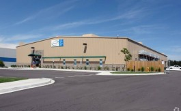 Industrial Building For Lease in Aurora