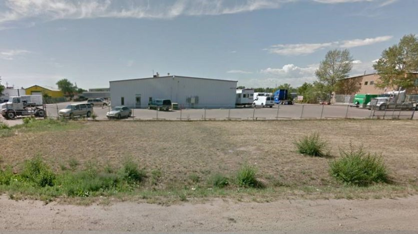 Commerce City Truck Maintenance Industrial Building Sells for $1,700,000