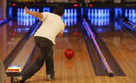 38_bowling_injury-knee