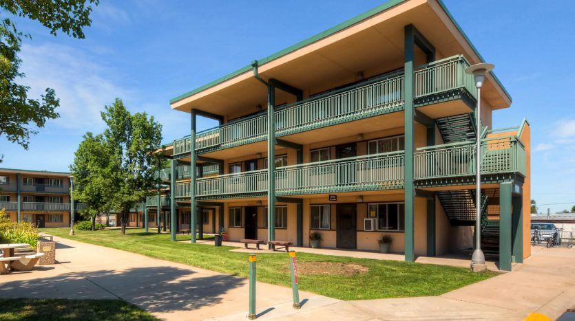 Greystone Unique Apartment Group Represents the Seller and Buyer of a 98-Unit Student Housing Complex in Greeley